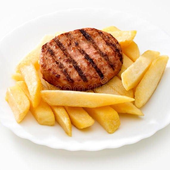 HAMBURGER E PATATINE - COTOLETTA DI POLLO - Con patatine fritte - * Le patatine sono surgelate * - 10,00 € - 8,00 €